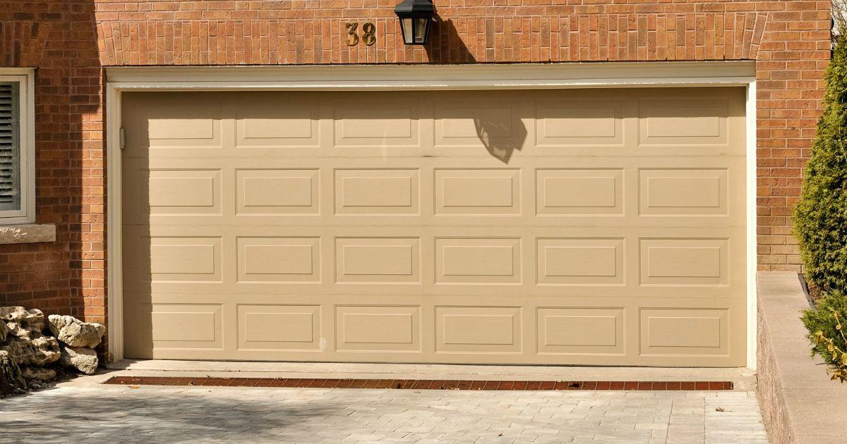 garage doors klein tx custom garage door opener klein tx. Black Bedroom Furniture Sets. Home Design Ideas